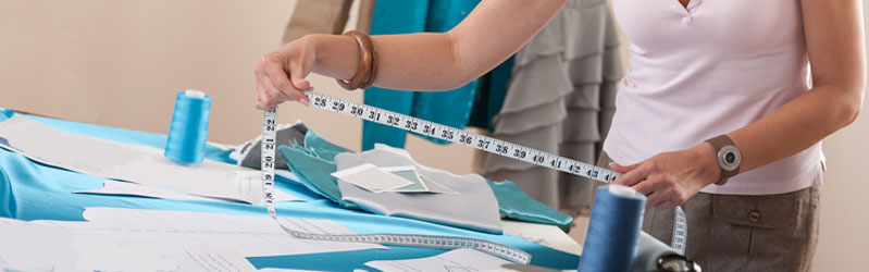 Measuring for your made to measure, bespoke curtains, blinds, valoances, pelmets and bedspreads